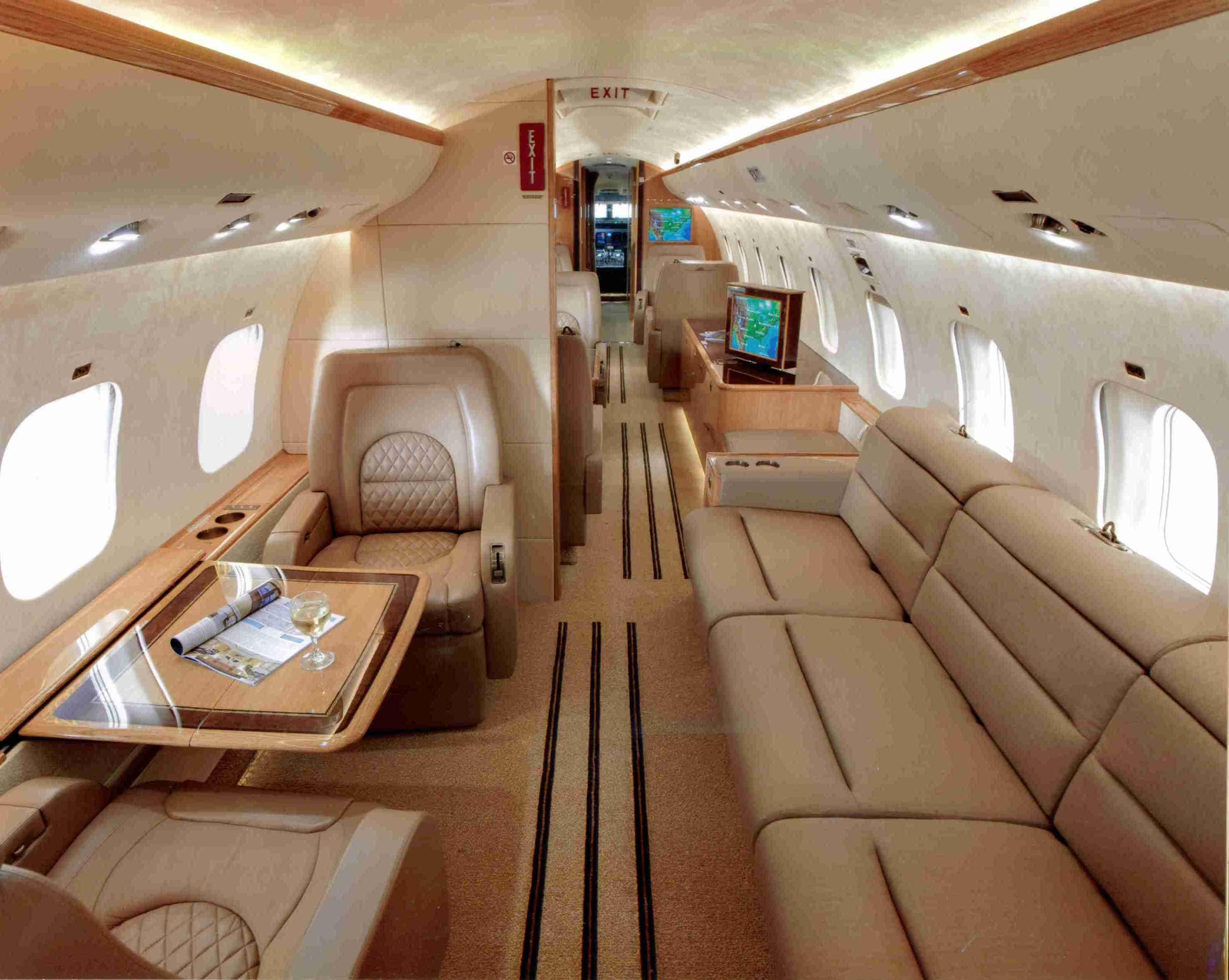 Zephyrjets 352af Global 5000 Forward Interior